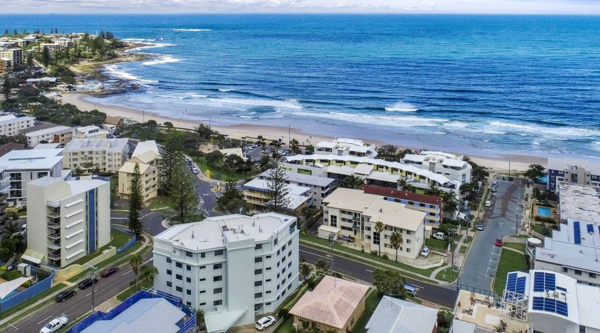 Get Caloundra apartments and accommodation at Kings Beach